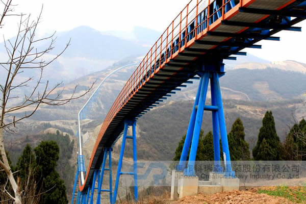 Long Distance Curved Belt Conveyor
